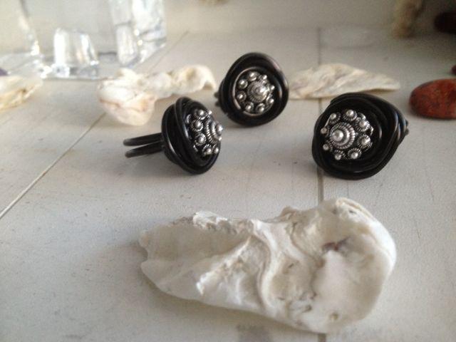 Wire wire ring met Zeeuws knopje