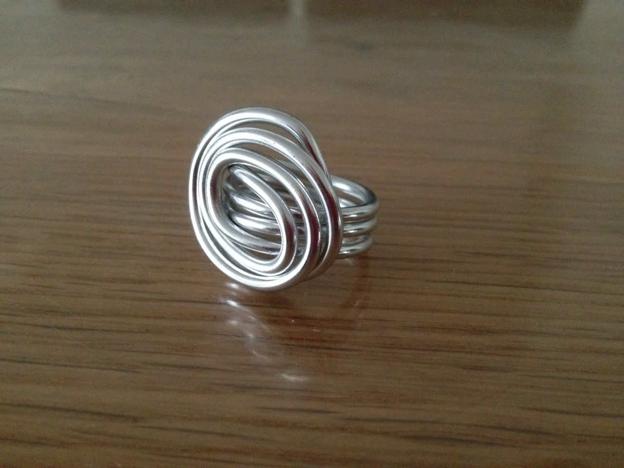 Wire wire ring